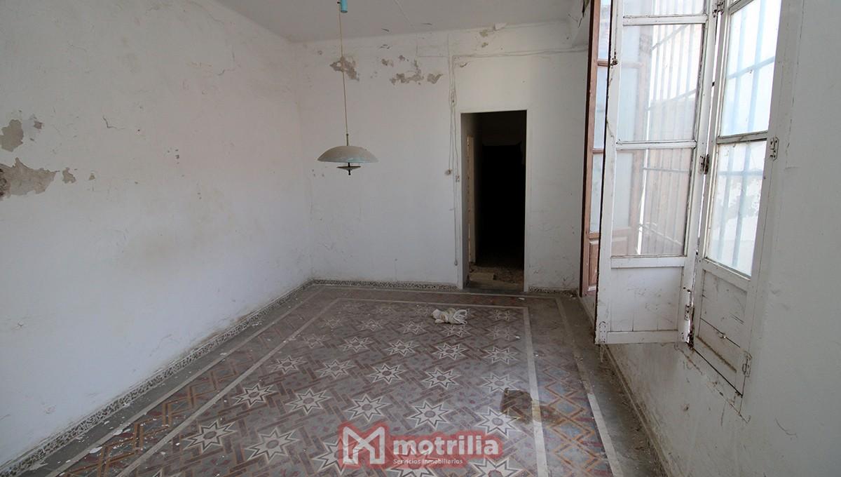 Casa para restaurar (Ref.:0213)